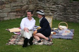 Johnny Cartwright and Therese Collins in The Picnic